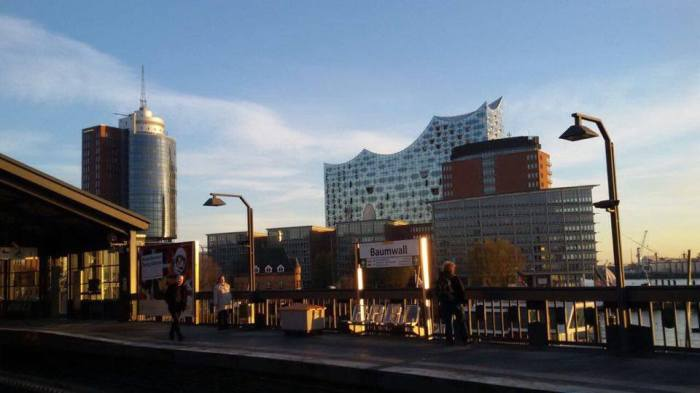 Oh, moin Hambourg! Oh, bonjourHambourg!