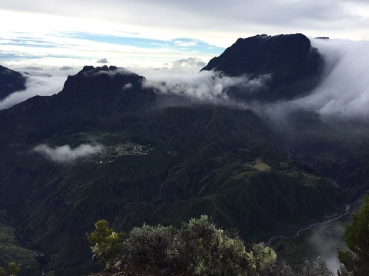 Que mettre dans une valise pour aller à La Réunion ?